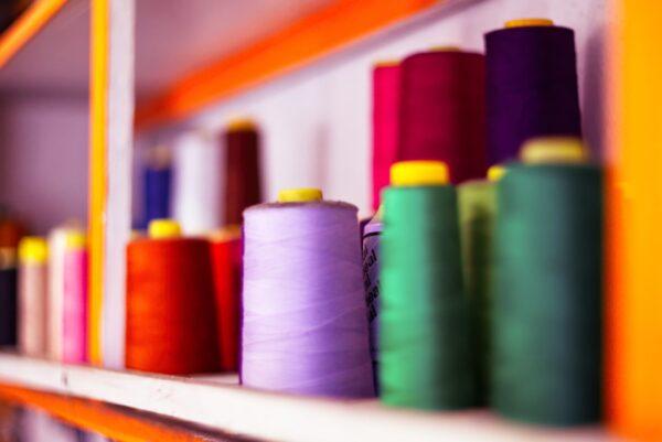 オーダーメイド商品のための糸